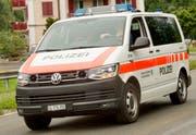 Die Polizei stellte fest, dass das Auto zum Unfallzeitpunkt den Velofahrer bereits überholte. (Symbolbild Heidy Beyeler)