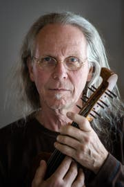 Paul Giger, Violinist, Klang- und Improvisationskünstler. Bild: Michel Canonica