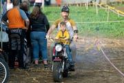 Keiner ist zu klein, Motorradfahrer zu sein. (Bild: Andreas Taverner)
