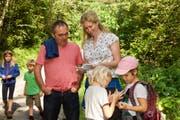 Umweltkommissionspräsidentin Ursula Wunder wusste Interessantes über die wichtigen Funktionen des Waldes zu berichten.
