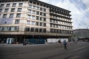 Sanierung und Umbau des Hotel Walhalla am Bahnhofplatz haben rund zwei Jahre gedauert. In zehn Tagen ist Wiedereröffnung. (Bild: Benjamin Manser - 21. Juni 2019)