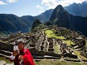 In der Nähe der gut erhaltenen Inkastadt Machu Picchu hat die Sheraton-Kette ein Hotel gebaut. Nun muss es laut Gerichtsbeschluss abgerissen werden. (Bild: KEYSTONE/AP/RODRIGO ABD)