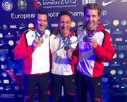 Bronze im Teamwettbewerb in Italien geholt: Sportschütze Christoph Dürr (Mitte) aus Gams. (Bild: PD)
