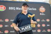 Die Cervelat-Trophäe und eine Barbecue-Reise in die USA sind der Lohn für den Champion-Titel.