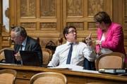 Er wird vom Schweizerischen Gewerbeverband nicht empfohlen, sie schon: SVP-Präsident Albert Rösti und SVP-Nationalrätin Magdalena Martullo-Blocher. (Bild: Peter Klaunzer)