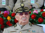Der algerische Armeechef Ahmed Gaïd Salah will Demonstrationen in der Hauptstadt Algier verhindern. (Bild: KEYSTONE/AP/ANIS BELGHOUL)