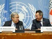 Uno-Generalsekretär Antonio Guterres und IKRK-Präsident Peter Maurer verlangen ein Ende von Luftangriffen auf Städte. Angriffe auf Zivilisten seien durch das humanitäre Völkerrecht «strengstens untersagt». (Bild: KEYSTONE/SALVATORE DI NOLFI)