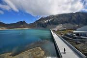 SP und SVP wollen die Axpo-Wasserkraftwerke weiterhin in Schweizer Händen wissen. (Bild: Keystone/Gian Ehrenzeller (9. September 2016))