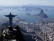 Die Notenbank Brasiliens hat am Mittwoch die Leitzinsen des Landes auf einen rekordtiefen Wert gesenkt. (Bild: KEYSTONE/AP/FELIPE DANA)