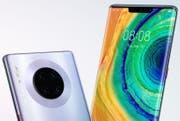 Vier Kameras auf der Rückseite sollen aus jedem Schnappschuss ein perfektes Bild machen. (Bild: Huawei)