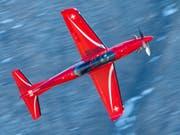 Pilatus darf die Schulungsflugzeuge vom Typ PC-21 in Saudi-Arabien und den Emiraten weiter warten: Ein der Schweizer Luftwaffe gehörendes Exemplar der Turboprop-Maschine. (Bild: KEYSTONE/MARCEL BIERI)