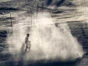 In Spanien wird mit einem Grossaufgebot nach der ehemaligen Top-Skifahrerin Blanca Fernandez Ochoa gesucht (Bild: KEYSTONE/AP/MORRY GASH)