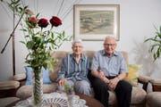 Seit über sieben Jahrzehnten Seite an Seite: Sylvia und Hans Wespi, 94- und 93-jährig. (Bild: Urs Bucher)