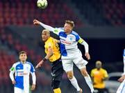 Emil Bergström (rechts mit der Captain-Binde im GC-Dress) verstärkt den FC Basel (Bild: KEYSTONE/WALTER BIERI)