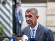 Keine Anklage wegen Betrugs bei EU-Subventionen gegen Andrej Babis: Der Staatsanwalt hat die Ermittlungen gegen den tschechischen Premier eingestellt. (Bild: KEYSTONE/EPA/MARTIN DIVISEK)