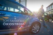 Am Mobilitätsmarkt erhält man auch Informationen zu Elektromobilität. Bild: Urs Bucher