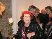 Simone Bonzon an einer Vernissage im August 2008 in Zurzach. (Bild: Claudia Meier)