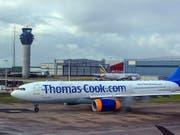 Der britische Reisekonzern Thomas Cook ist Pleite. Betroffen sind rund 600'000 Urlauber. Ab Montag sind alle Flüge gestrichen. (Bild: KEYSTONE/AP PA/PETER BYRNE)