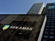 Eine in einer Reihe von vielen Banken unter Geldwäsche-Verdacht - die niederländische ABN Amro. (Bild: KEYSTONE/EPA/RICK NEDERSIGT)