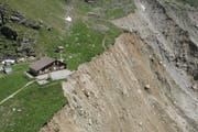 Weil sich der Grindelwaldgletscher zurückbildet, rutschte der Hang bei der Stieregghütte 2005 ab. (Bild: Keystone)