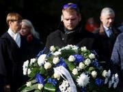 Gedenken an die Opfer der «Estonia» in der estnischen Hauptstadt Tallinn. (Bild: KEYSTONE/EPA/VALDA KALNINA)