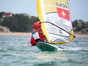 Windsurfer Mateo Sanz Lanz sichert der Schweiz einen Olympia-Quotenplatz (Bild: KEYSTONE/EPA EFE/PEDRO PUENTE HOYOS)