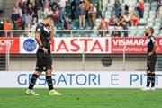 Die Mannschaft von Lugano spielt derzeit schlecht, die Zuschauer laufen davon. (Bild: Claudio Thoma/Freshfocus)