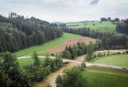 Das Gebiet Rütiholz befindet sich im Westen Häggenschwils. Die geplante Deponie umfasst die Wiese oberhalb der Rothenbrücke und einen Teil des bewaldeten Steilhanges. Für die Deponie müssen 3,7 Hektar Wald gerodet werden.Bild: Ralph Ribi (2. September 2019)