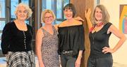 Die vier Zuger Künstlerinnen (von links): Lilian Putincanin, Ursula Hotz, Andrea Bösiger und Brigit Weiss. (Bild: PD)