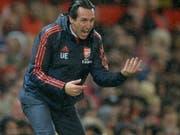 Arsenals Trainer Unai Emery im Verlaufe der Partie gegen Manchester United (Bild: KEYSTONE/EPA/PETER POWELL)