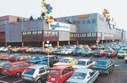 Ein ungewohnter Blick auf das Zugerland: So sah es im Eröffnungsjahr 1979 aus. (Bild: PD)