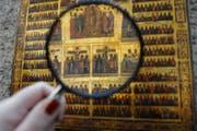 Im Fokus der Ausstellung an der Lämmlisbrunnenstrasse stehen auch religiöse Motive. (Bild: Nana Do Carmo)
