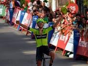 Vuelta-Etappensieg in der Heimat: Mikel Iturria siegt im Baskenland (Bild: KEYSTONE/AP/ALVARO BARRIENTOS)