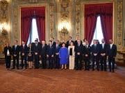 Die neue italienische Regierung aus Fünf-Sterne-Bewegung und Sozialdemokraten ist vereidigt worden. (Bild: KEYSTONE/EPA ANSA/ALESSANDRO DI MEO)