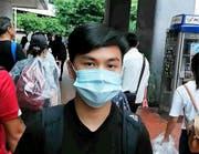 """«Die Regierung ist verzweifelt, weil wir nicht so sind, wie sie uns haben will"""", sagt Desmond Lau, 18. (Bild: Cedric Rehman)"""