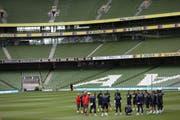 Unter Druck: Die Schweiz sollte im Aviva-Stadion von Dublin lieber nicht verlieren (Bild: Keystone)