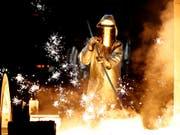 Handelskonflikte, Brexit, schwächelnde Autobranche: Die deutsche Industrie leidet unter Auftragsschwund. (Bild: KEYSTONE/EPA/FRIEDEMANN VOGEL)