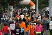 In zwei Stunden, von 9 bis 11 Uhr, rannten die knapp 1500 Kinder zusammengezählt über 14'000 Kilometer.