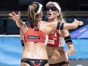 Zeigen sich auch am World Tour Final in Rom von ihrer starken Seite: Joana Heidrich (links) und ihre Partnerin Anouk Vergé-Dépré (Bild: KEYSTONE/PETER SCHNEIDER)