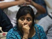Grosse Enttäuschung: Eine Angestellte im Kontrollzentrum in Bangalore nachdem der Kontakt zur Mondfähre Vikram abgebrochen ist. (Bild: KEYSTONE/EPA/JAGADEESH NV)