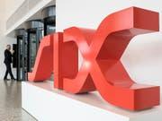 Neuer Rekord an der Schweizer Börse SIX: Der Leitindex SMI erklimmt bei über 10'100 Punkten ein neues Allzeithoch. (Bild: KEYSTONE/ENNIO LEANZA)