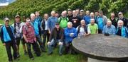 Martin Horat (vorne Mitte, mit blauer Jacke) prophezeit einen guten Weinjahrgang dank viel Föhn. (Bild: Georg Epp, Altdorf, 7. September 2019)