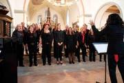 Der Frauenchor Wigoltingen trägt seine Lieder vor. (Bild: Andreas Taverner)