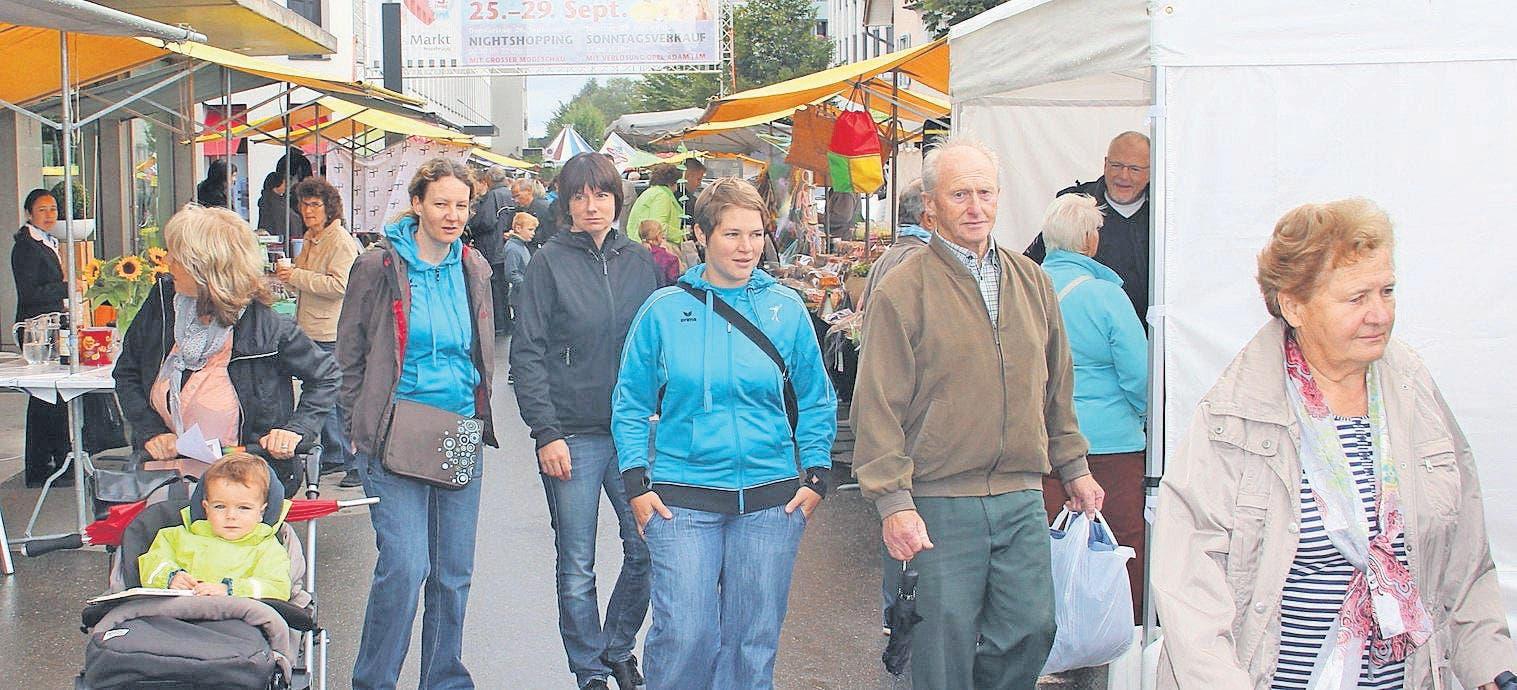 Bauer sucht Pfau - Luzerner Zeitung