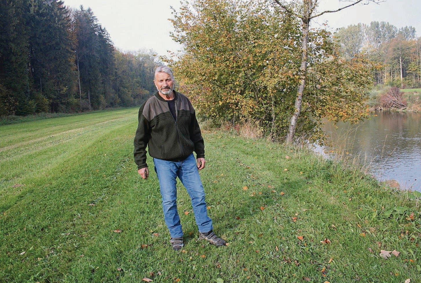 Nachdenklich Alte Sense Mit Holzstiel Deko Stroh Feld Bauernhof Werkzeuge Neueste Technik