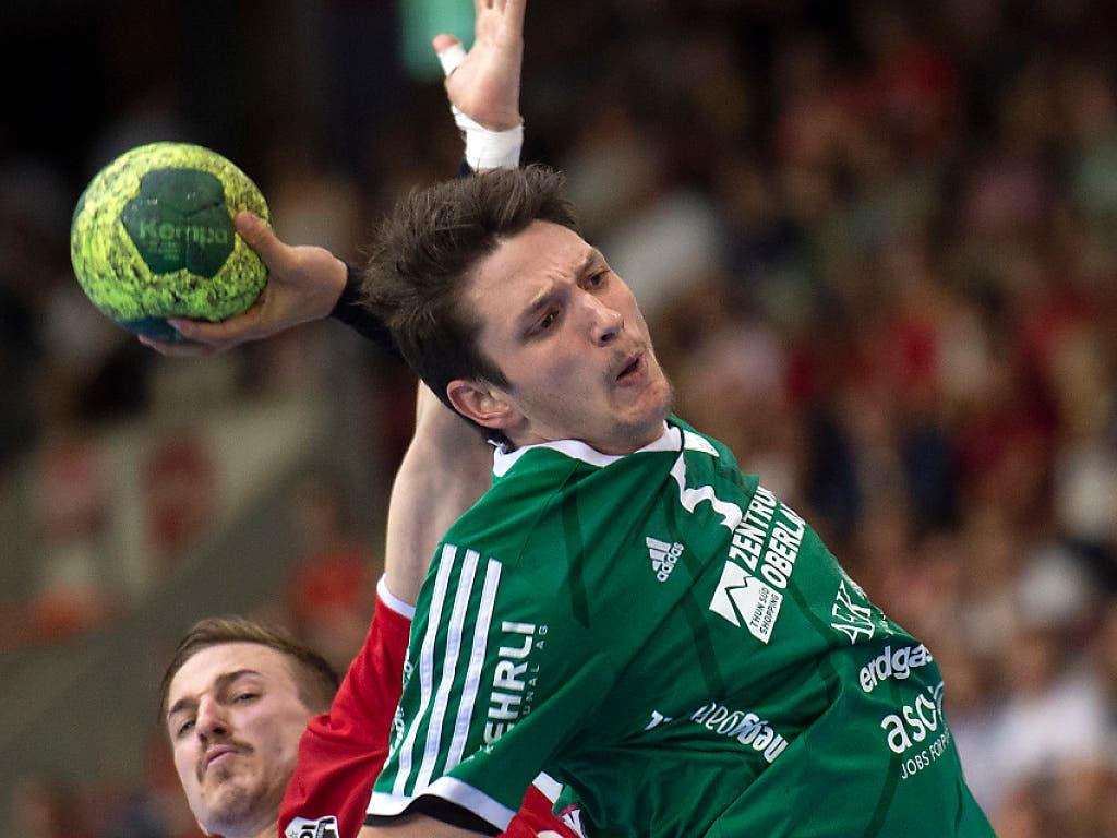 https://www.luzernerzeitung.ch/newsticker/sport/real-madrid-zieht ...