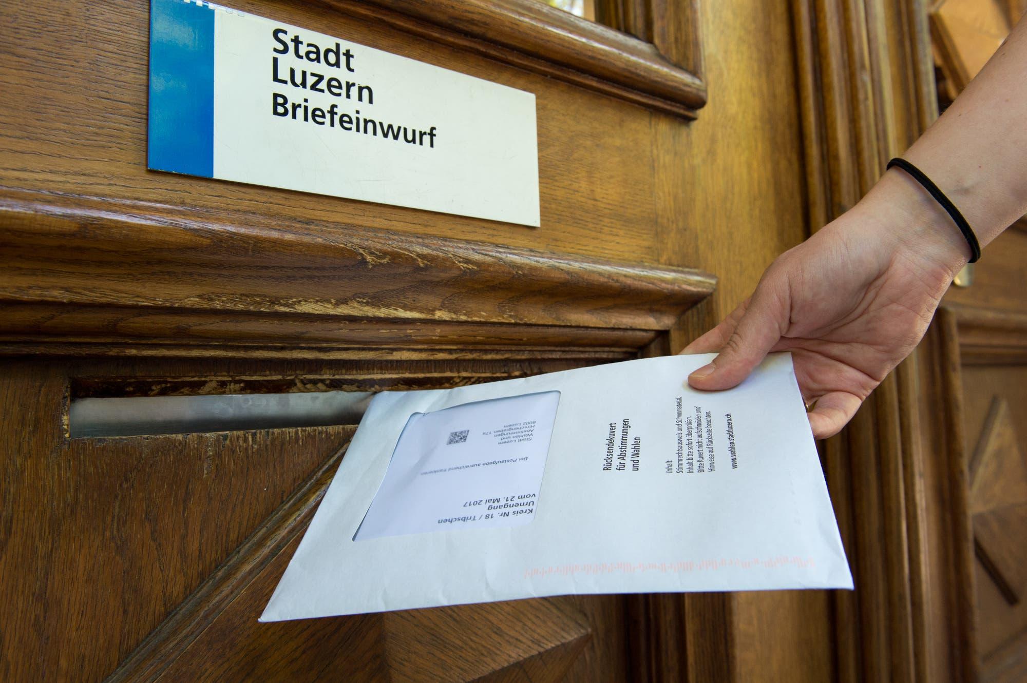 Jahresbericht 2008/2009 - Kantonale Mittelschule Uri