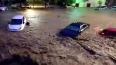 Ein Ausschnitt aus einem Video zeigt die zerstörerischen Wasserfluten. (Bild: EPA/PABLO D. F. YouTube Channel)