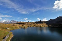 Blick über den Melchsee bis zum Titlis / Mein Wandertipp : Jochpass Schaftal Rundtour. (Bild: Paul von Allmen)