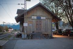 Der unscheinbare Bahnhof Nendeln verwandelt sich an sieben Abenden in eine Bühne.